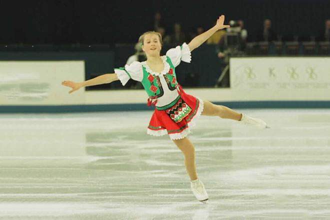 Маленькая Ирина Слуцкая на льду