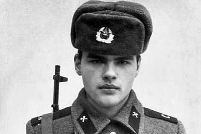 Евгений Дятлов в молодости
