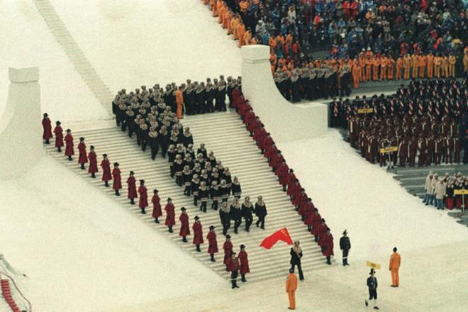 Владислав Третьяк - знаменосец СССР на Олимпиаде-1976