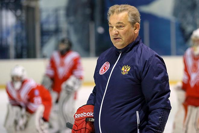 Владислав Третьяк работал тренером