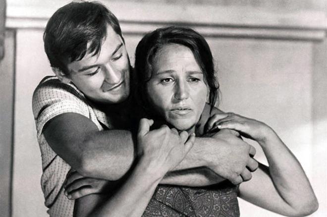 Нонна Мордюкова с сыном