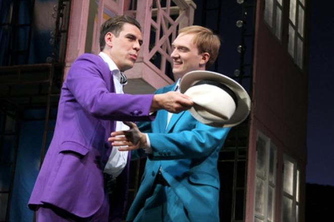 Дмитрий Дюжев и Андрей Бурковский на сцене МХАТа