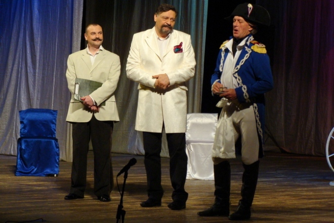 Дмитрий Назаров на сцене театра