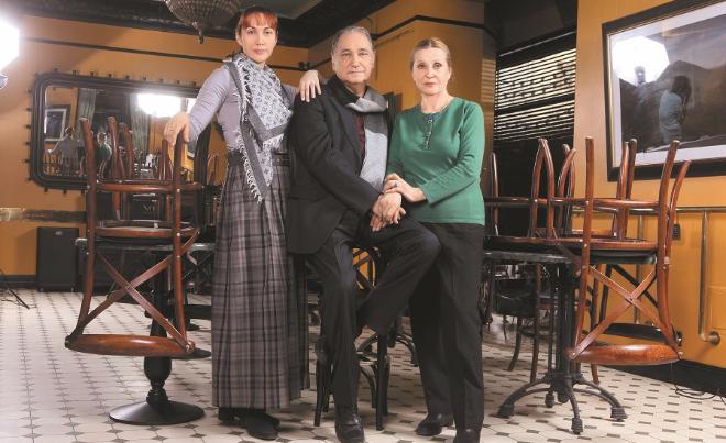 Владимир Коренев с семьей