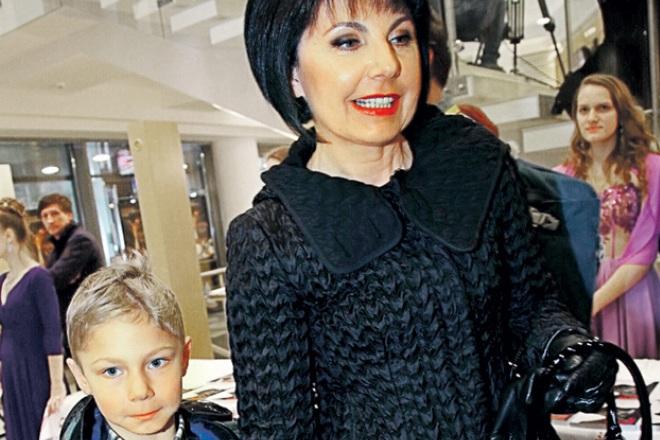 Татьяна Миткова с внуком