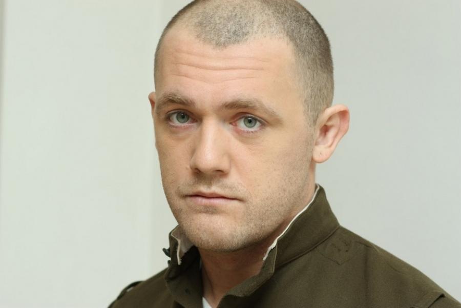 Денис Шведов актер