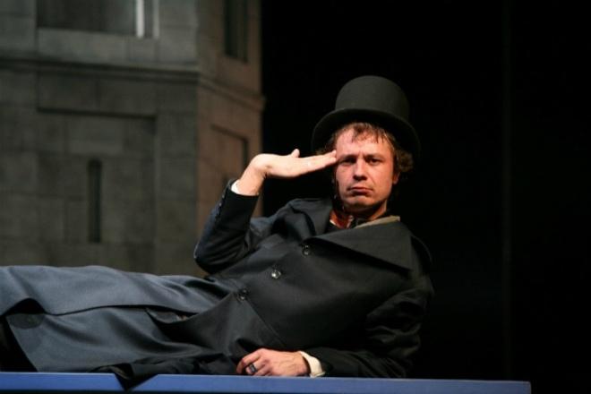 Илья Древнов в театре