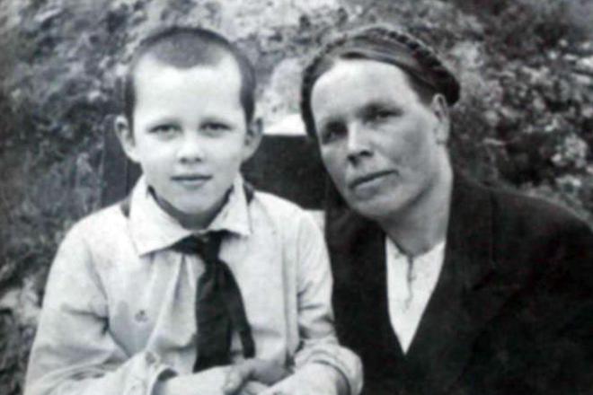 Валерий Золотухин в детстве