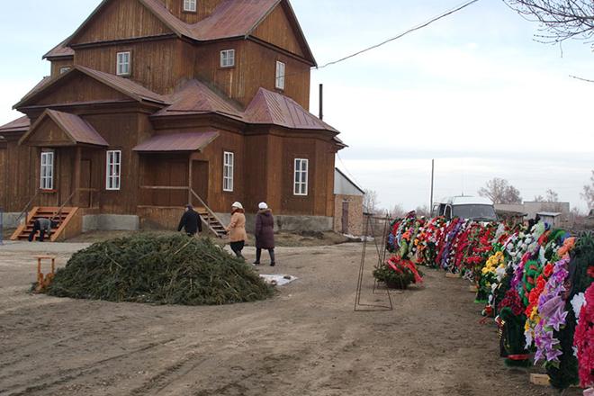 Могила Валерия Золотухина