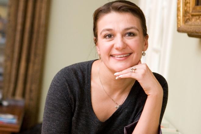 Актриса Анастасия Мельникова