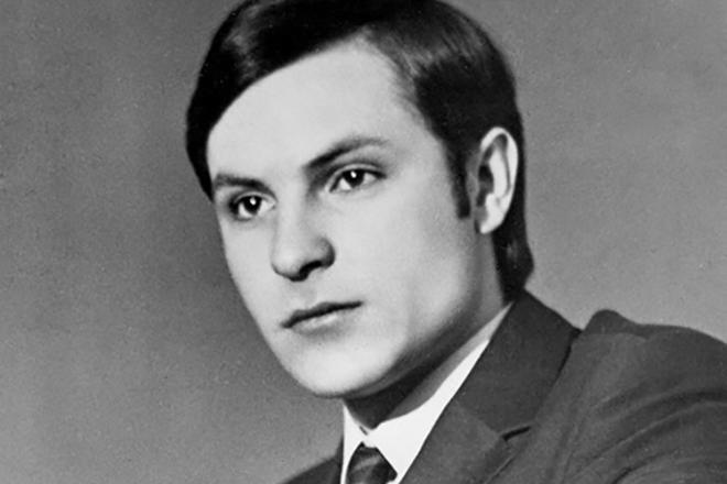 Родион Нахапетов в молодости