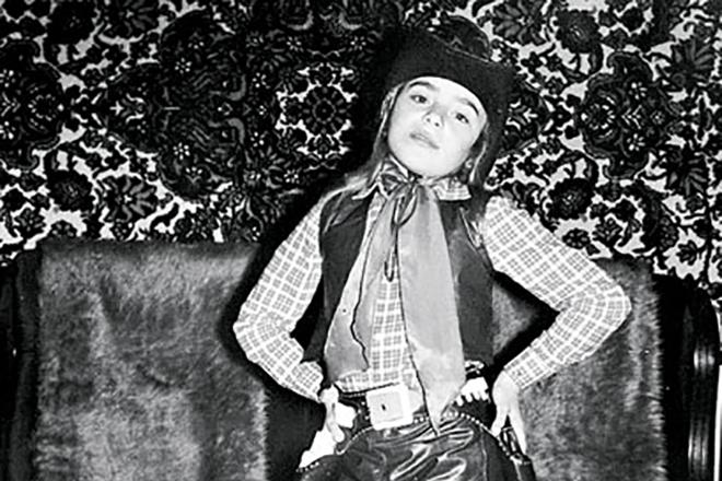 Тутта Ларсен в детстве