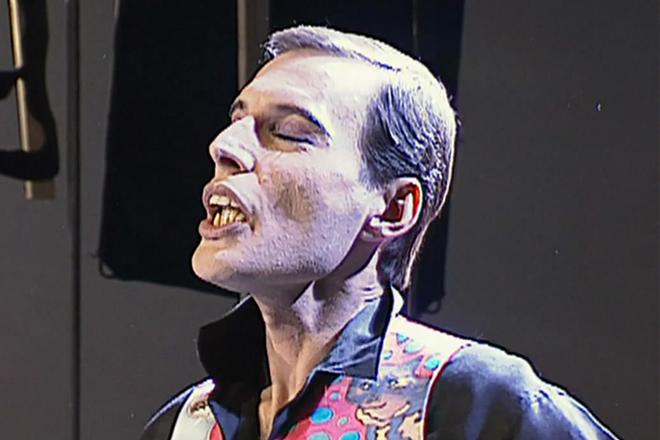 Фредди Меркьюри во время болезни
