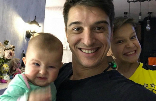 Станислав Бондаренко с дочкой и сыном