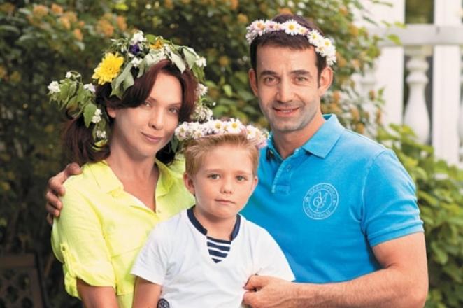 Ольга Дроздова с сыном и мужем