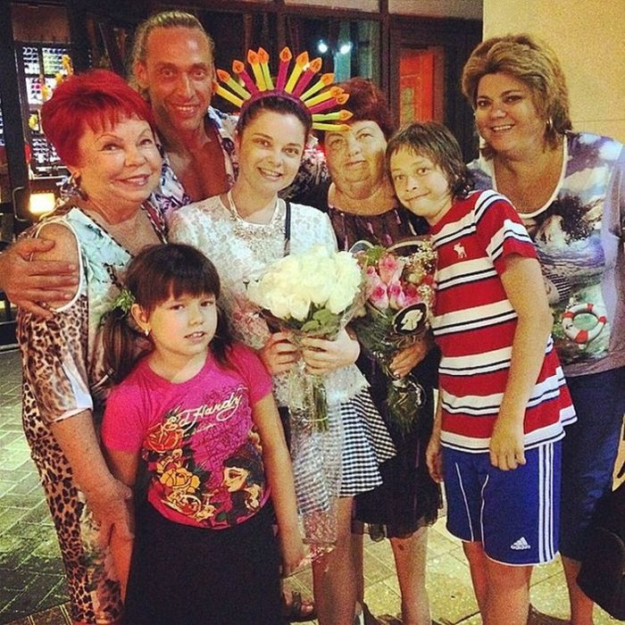 Наташа королева и тарзан сын. Наташа Королёва: биография, личная жизнь, семья, муж, дети — фото