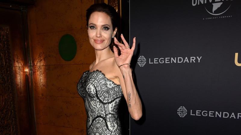Анджелина Джоли болезненно худая