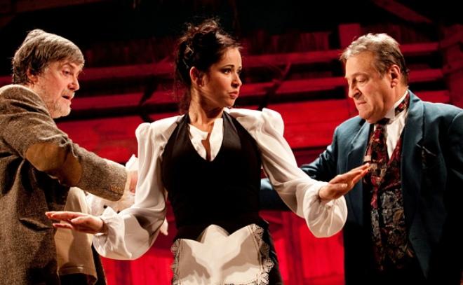 Любовь Тихомирова в театре