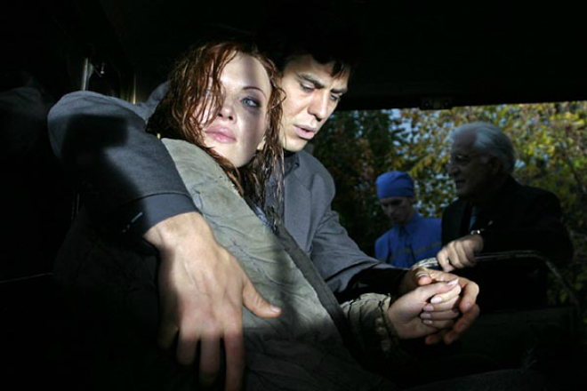 Елена Ксенофонтова и Дмитрий Дюжев в детективе «Карамболь»