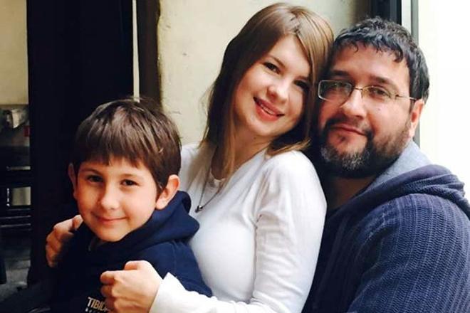 Анна Цуканова с семьей