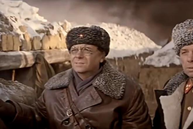 Анатолий Кузнецов в фильме «Горячий снег»