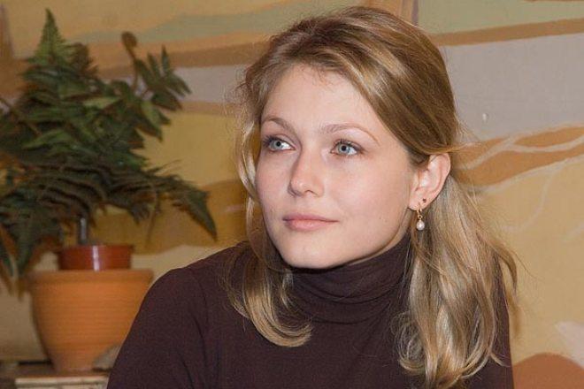 Актриса Эльвира Болгова