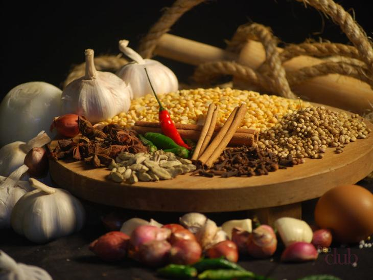 Корица и перец - незаменимые компоненты коктейля для похудения