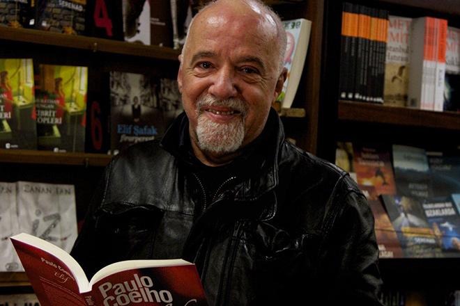Писатель Пауло Коэльо