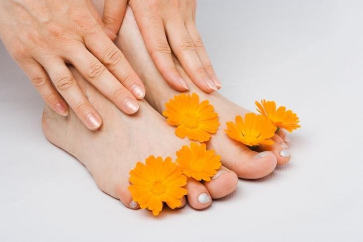 Как избавиться от грибка на ногтях ног народными средствами