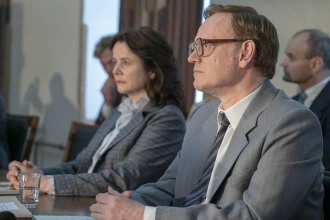 Джаред Харрис в роли Валерия Легасова (кадр из сериала «Чернобыль»)