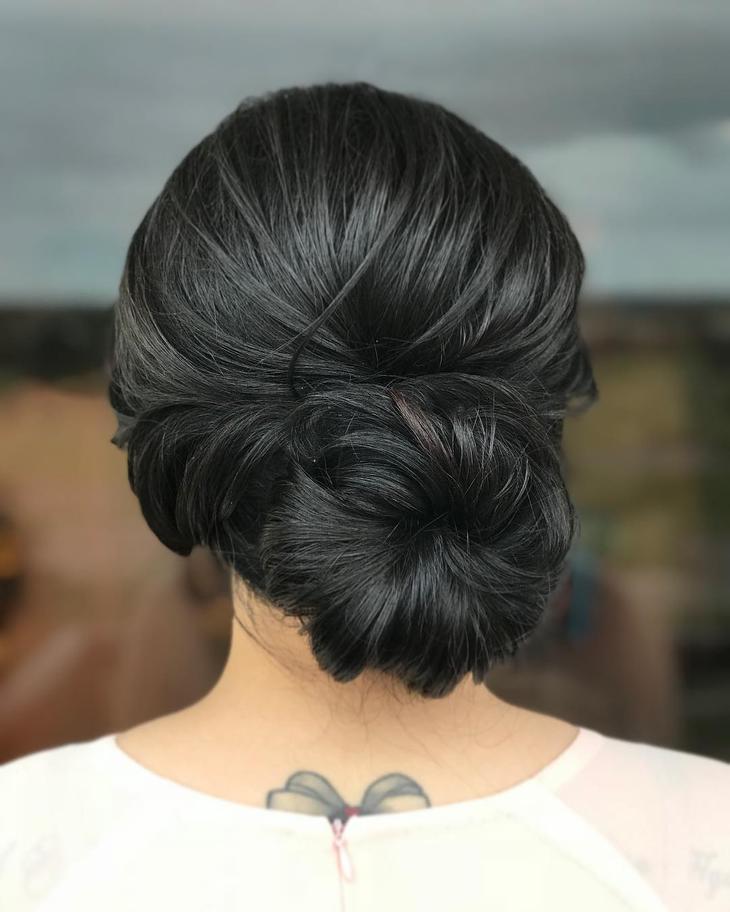 пучок на короткие, средние и длинные волосы фото 8
