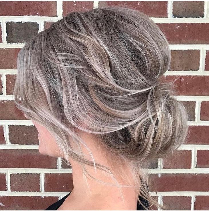 пучок на короткие, средние и длинные волосы фото 2
