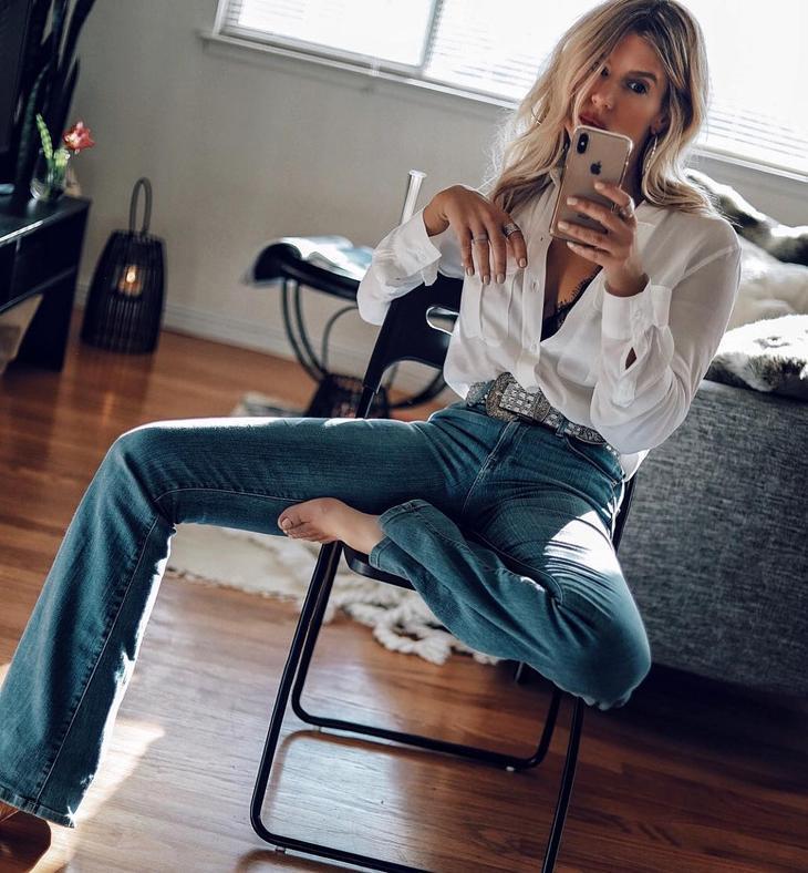 джинсы с рубашкой фото 3