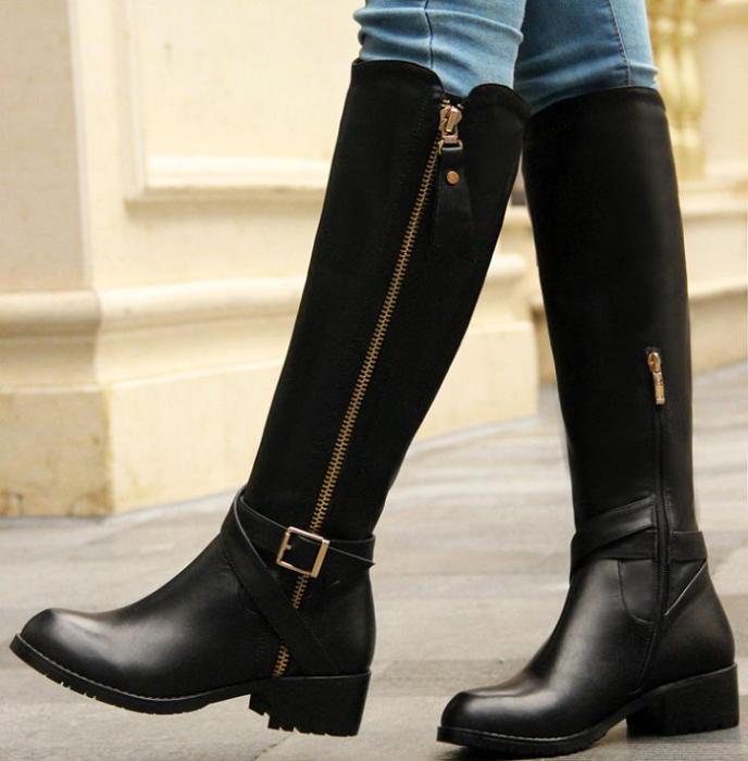 Кожаные сапоги станут отличной альтернативой уггам. / Фото: pinterest.ru