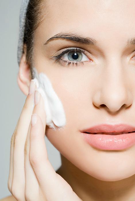 Средства для очистки кожи.