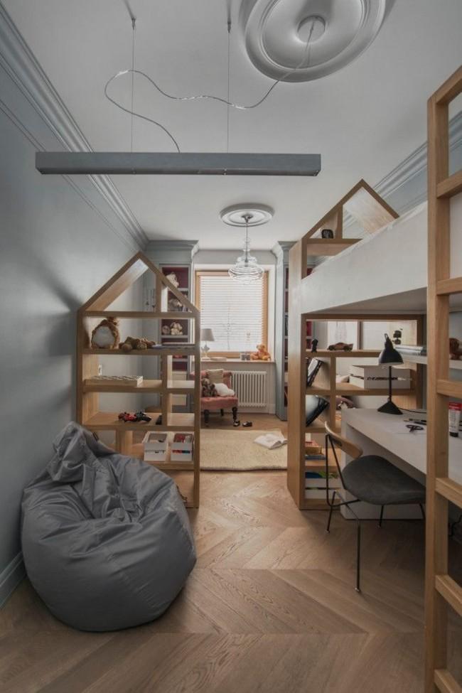 Интерьер в скандинавском стиле с креслом-мешком в виде груши