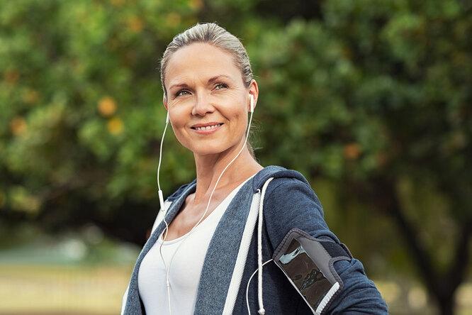 Гармоничная женщина 45+: 5 простых правил дляздоровья икрасоты