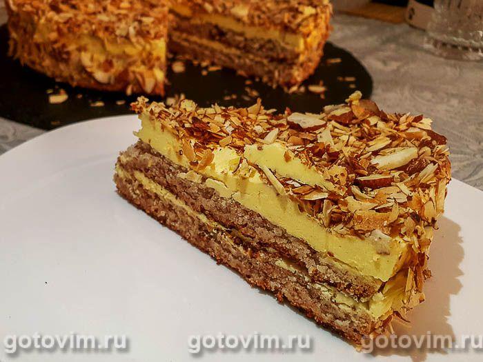 Миндальный торт с заварным кремом. Фотография рецепта