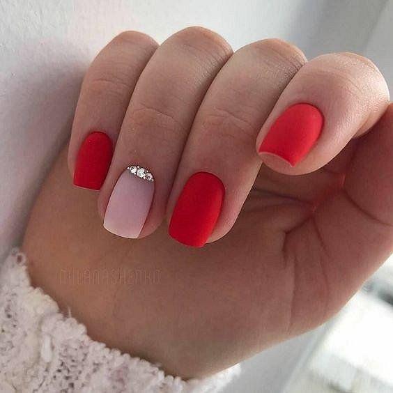 100 идей красивого маникюра на короткие ногти фото №16