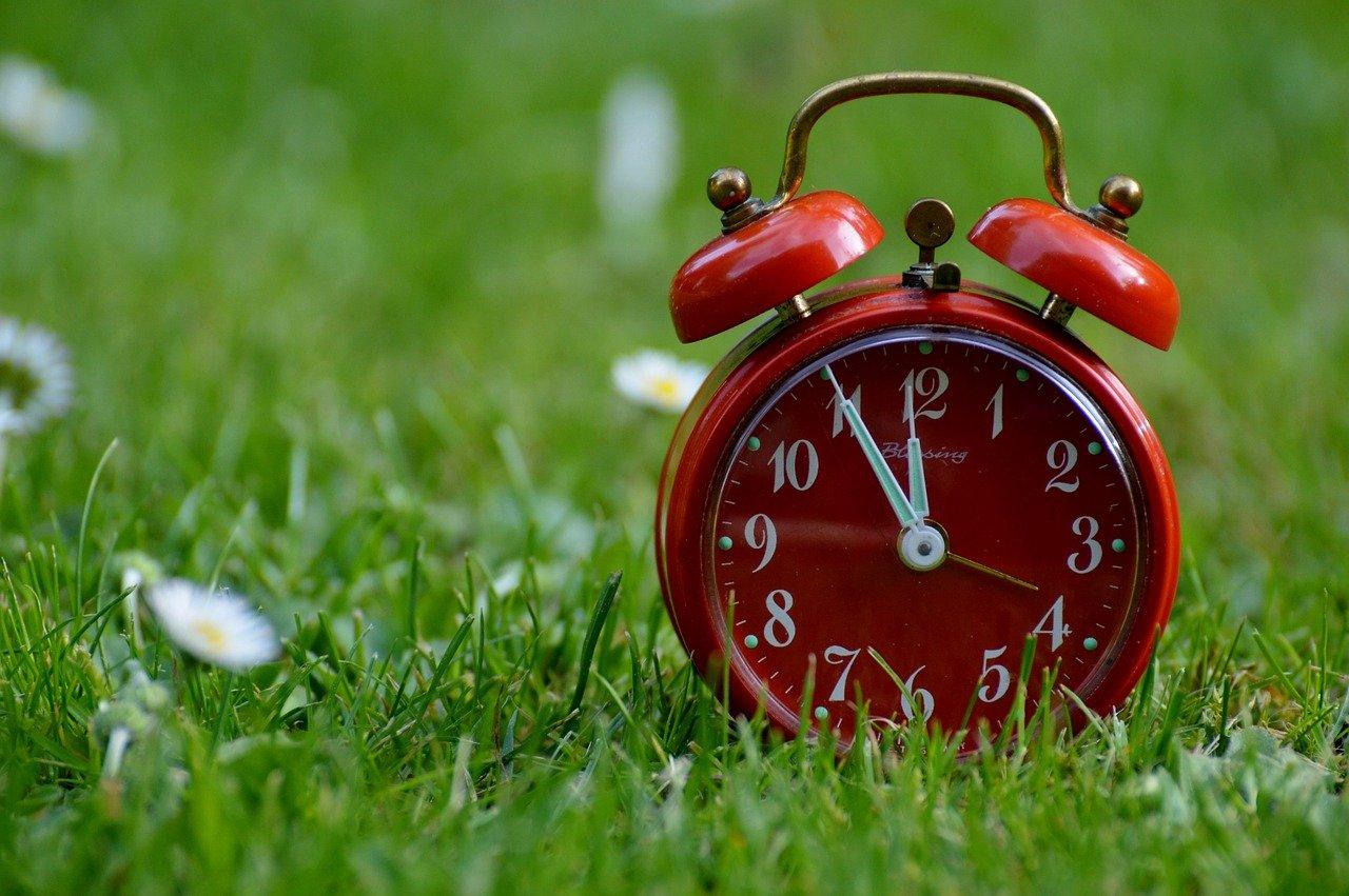 Чем опасен долгий сон в выходные, рассказали эксперты